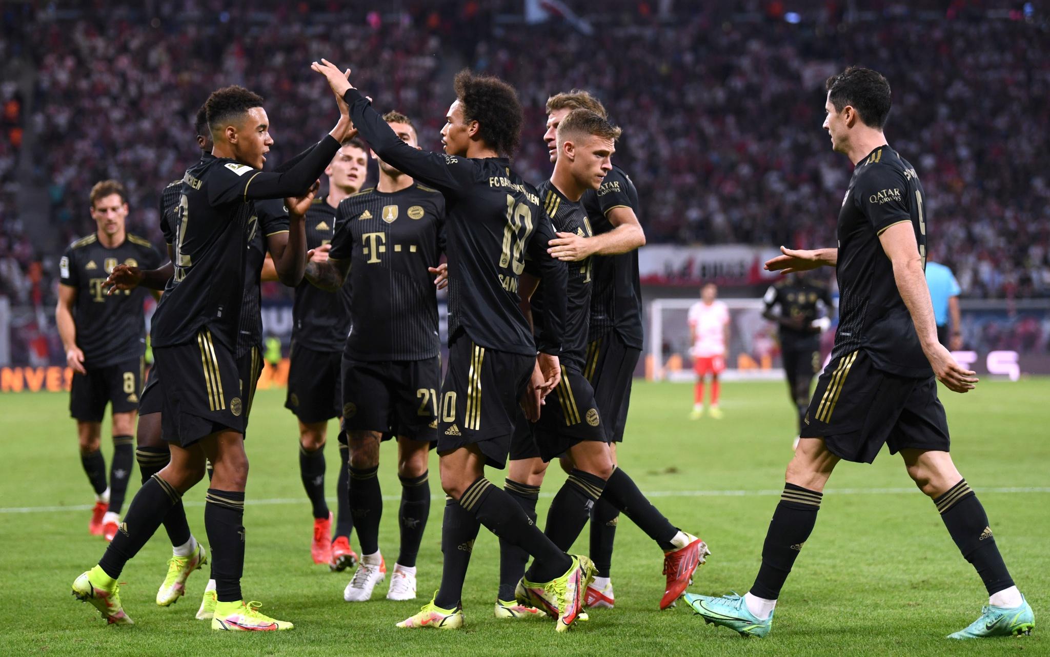 Bayern chiến thắng dễ dàng trước đương kim Á quân Bundesliga