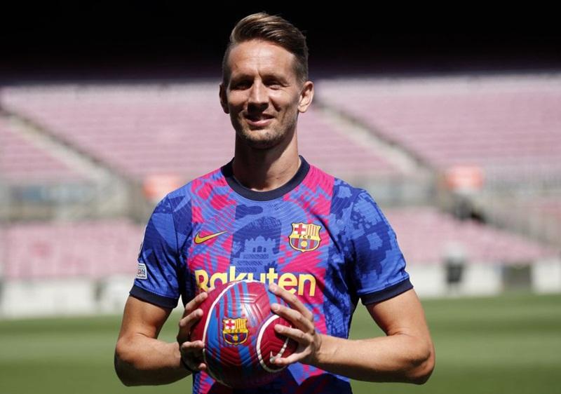 Barcelona mượn tiền đạo Luuk de Jong từ Sevilla về thay cho Griezmann